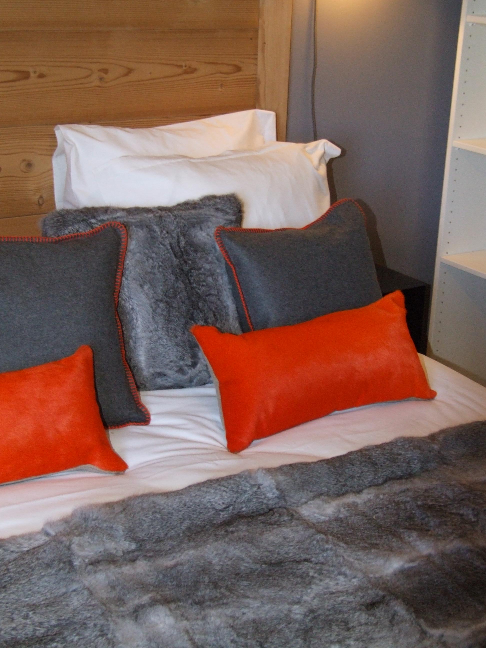 fourrure peau feutrine orange plaid chaleur confort cosy douillet