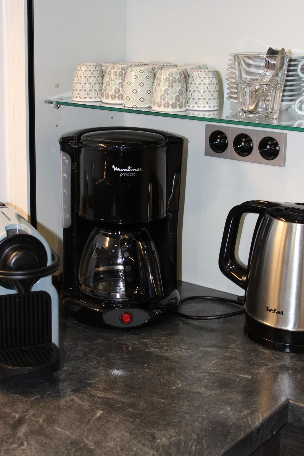 cuisine equipée nespresso café filtres les 2 alpes