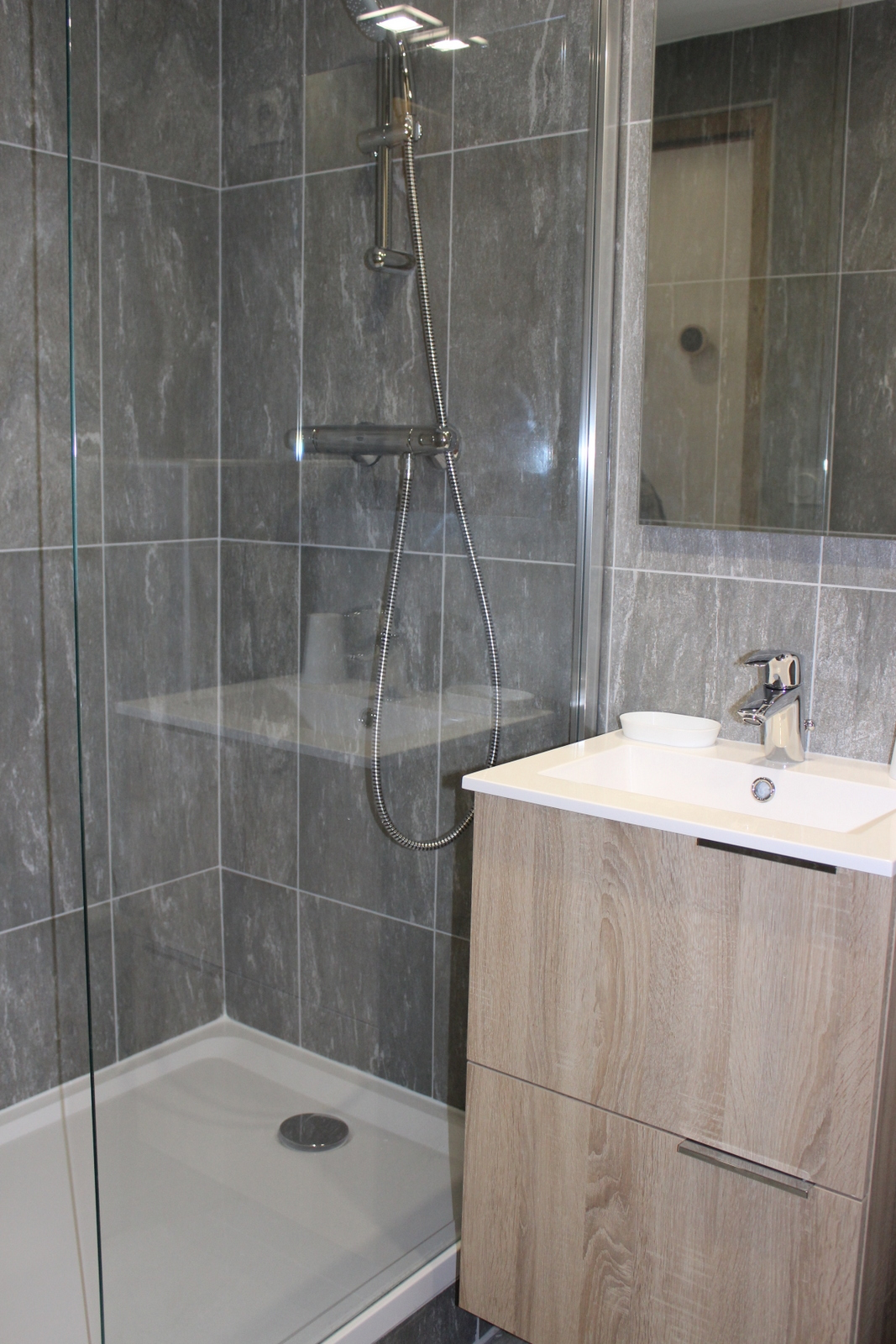 douche italienne salle de bain indviduelle